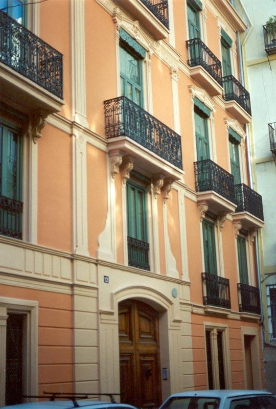 Rehabilitación edificio calle Avellanas